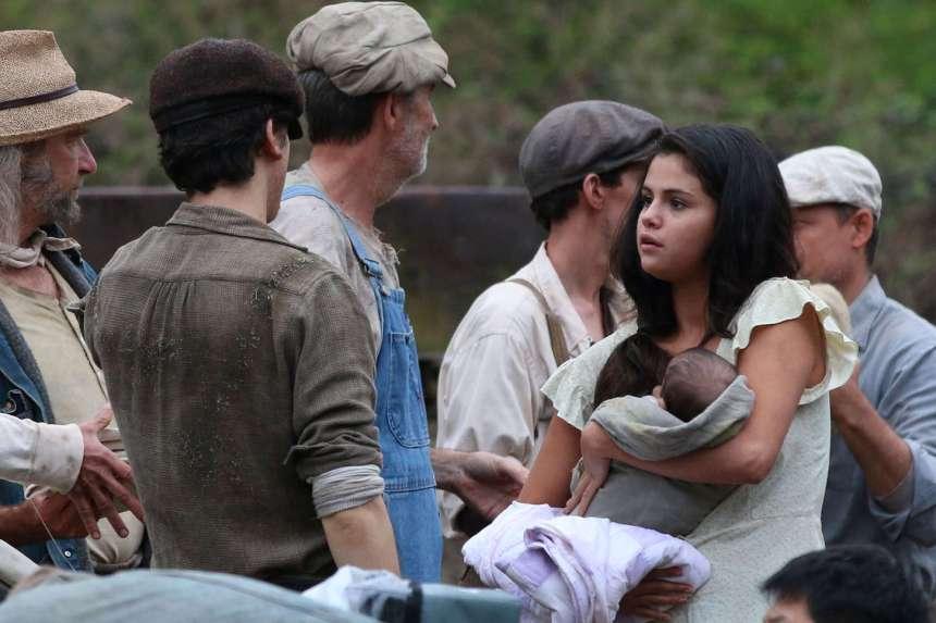 Selena-Gomez--On-In-Dubious-Battle-set--06